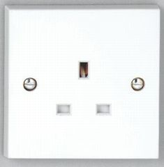 1 gang 13A Unswitched Socket - White