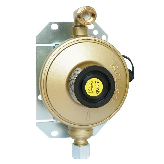 Clesse Caravan Regulator 30mb 1.5Kg Angled Inlet - 000893AS
